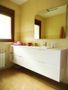 vista armario baño
