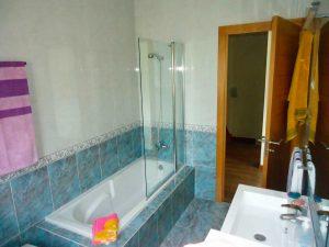 limpieza en bañera y mampara